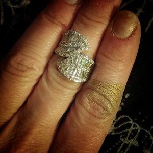 Sterling Silver White Topaz Leaf Ring 6.5